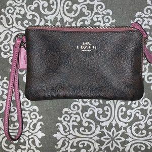 Coach clutch/wallet / wristlet